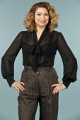 Emmy design the busy bow blouse black