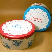 Set of 2 Cake Tins
