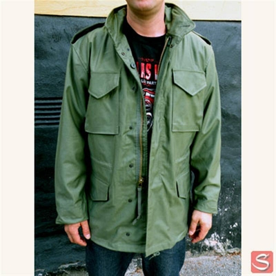 Alpha Industries Inc. M-65 Field Jacket Olive i gruppen Herr / Jackor hos Sivletto (w2406)